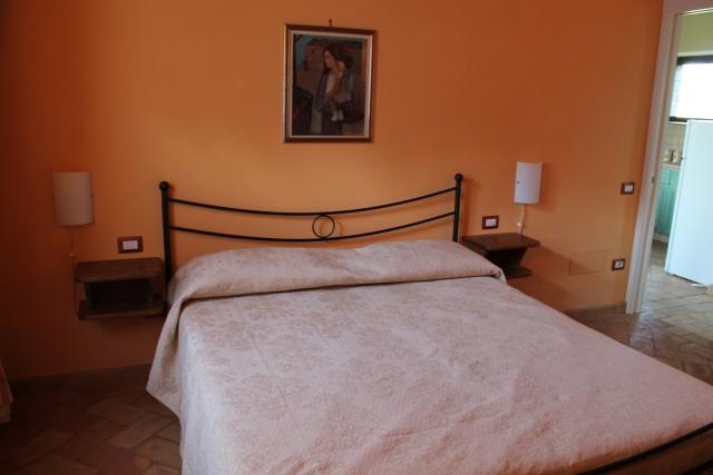 Camera Matrimoniale A Prato.Prato Delle Farfalle